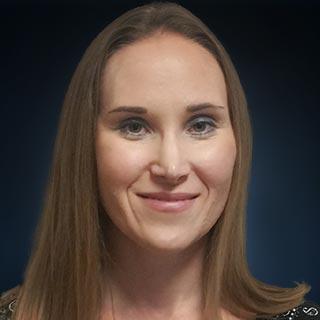 Sarah Watson Headshot