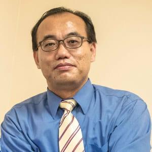 Dr seungmung zech lee portrait