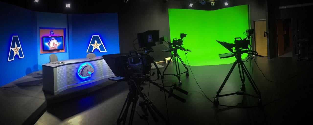 UTA News facility and green screen