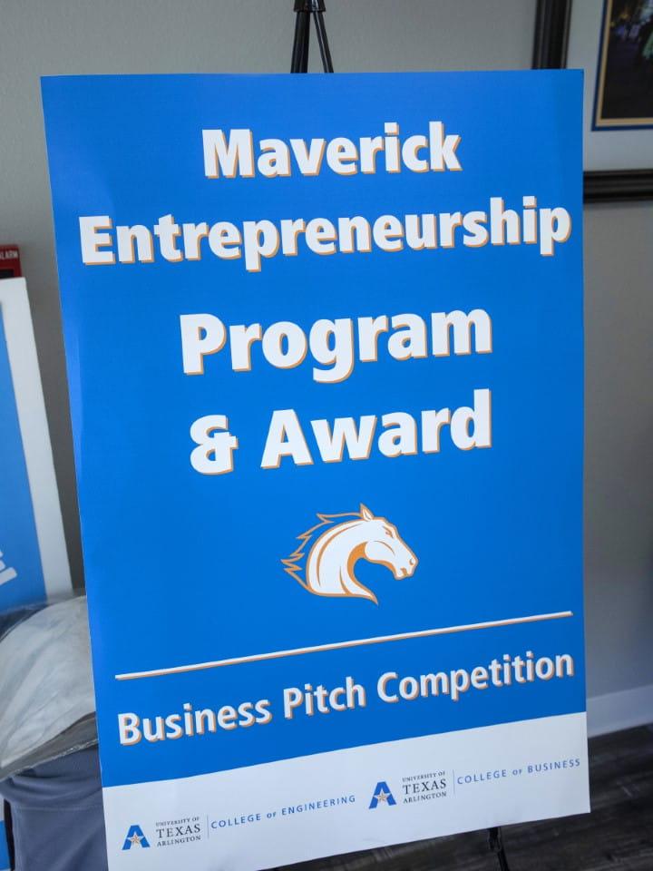 MavPitch Program Award Banner