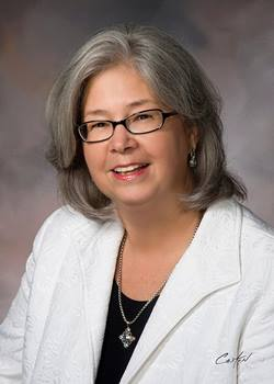 Portait of Dr. Elizabeth Merwin, dean of the College of Nursing and Health Innovation.