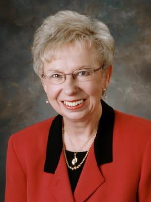 Portrait of faculty emeriti Mary Lou Bond