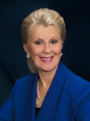 Portrait of faculty emeriti Dean Elizabeth Poster