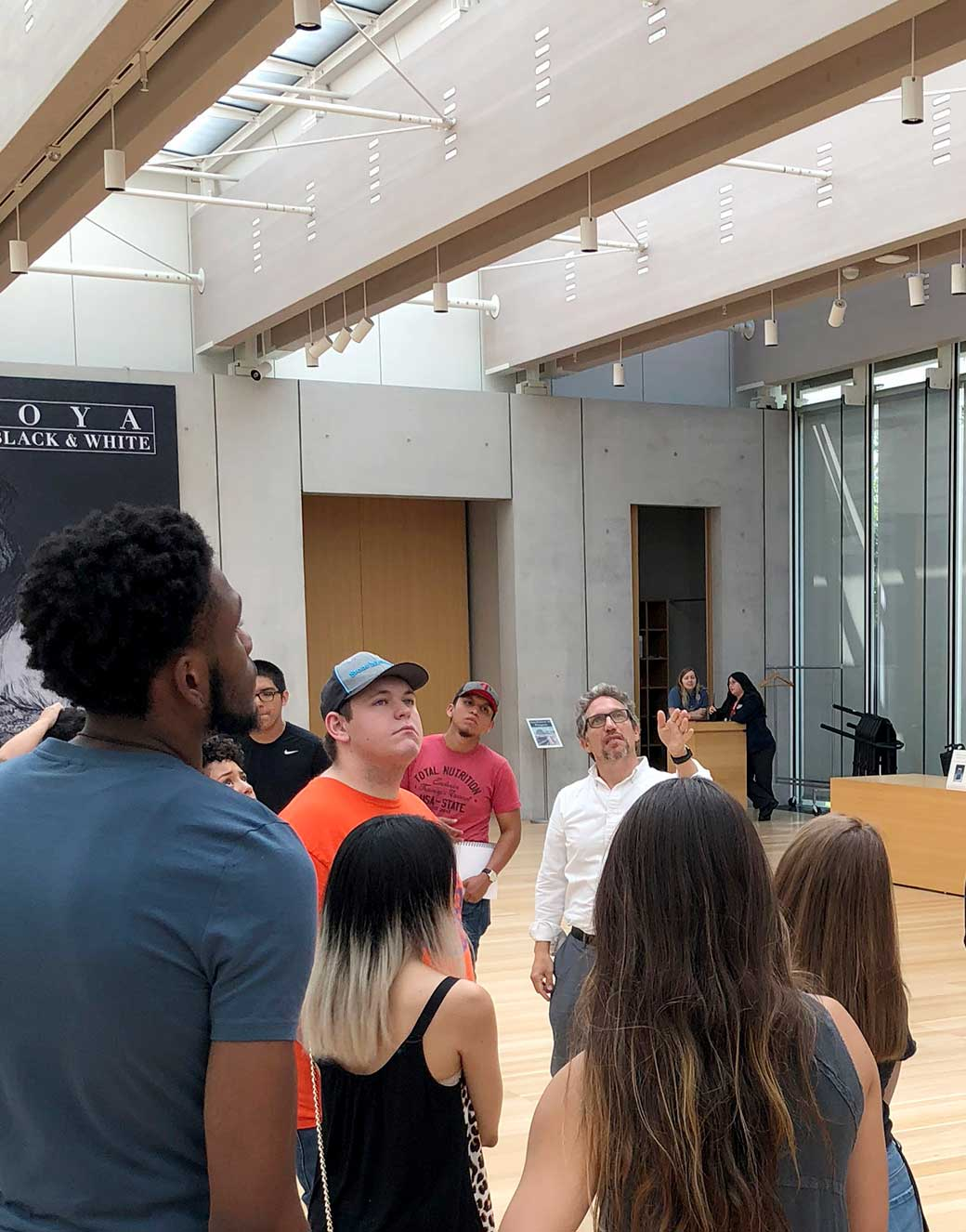 UTA architectural engineering students tour the Kimball Art Museum