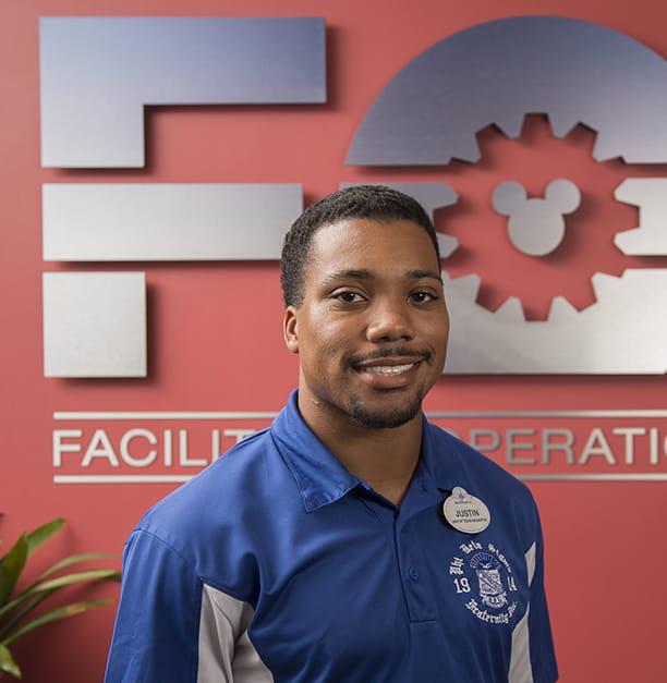 UTA engineering student Justin Hawthorne