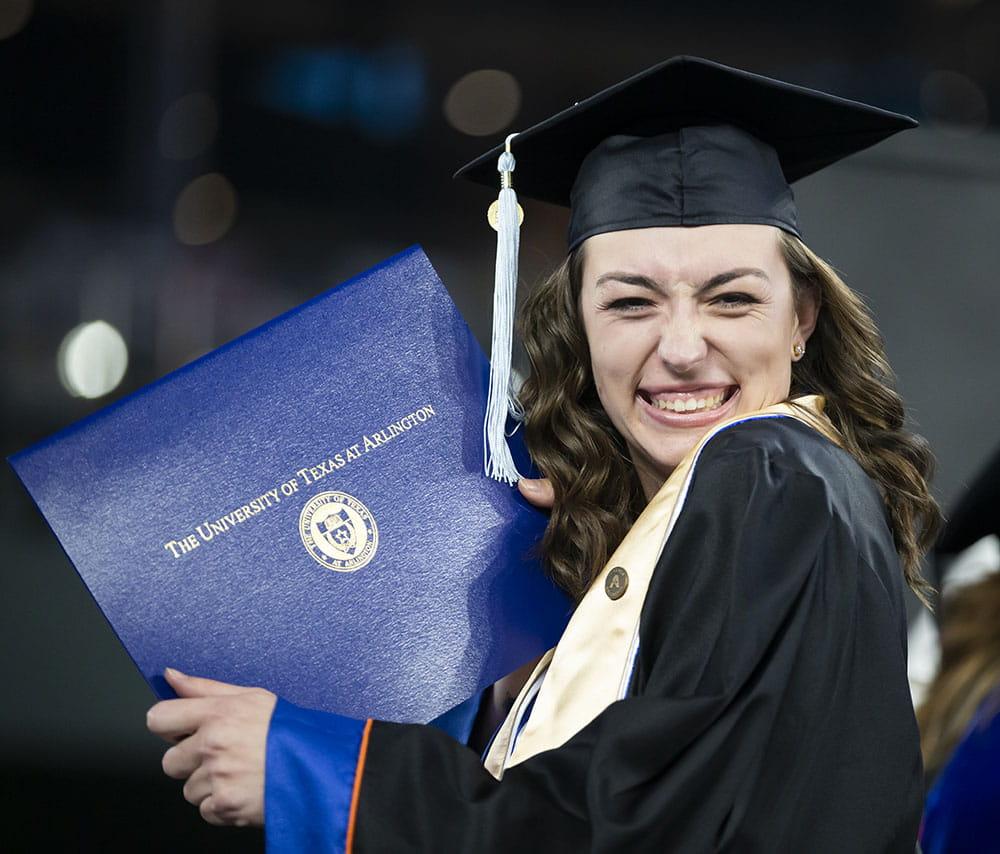 uta grad with diploma