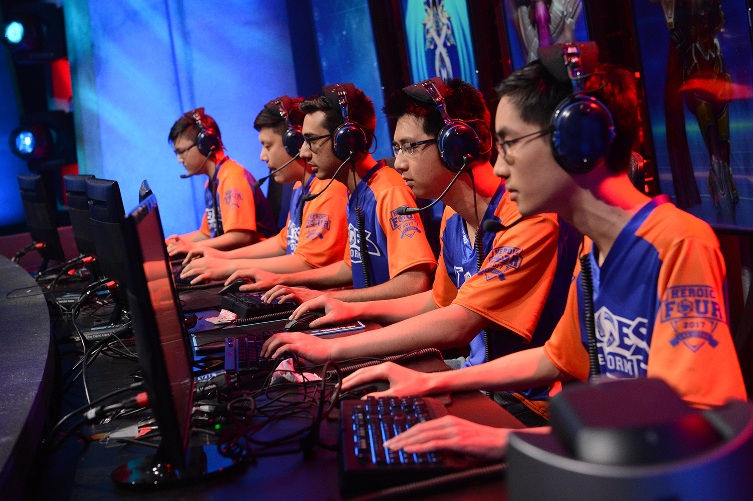 UTA's Heroes of the Dorm competes in the Grand Finale
