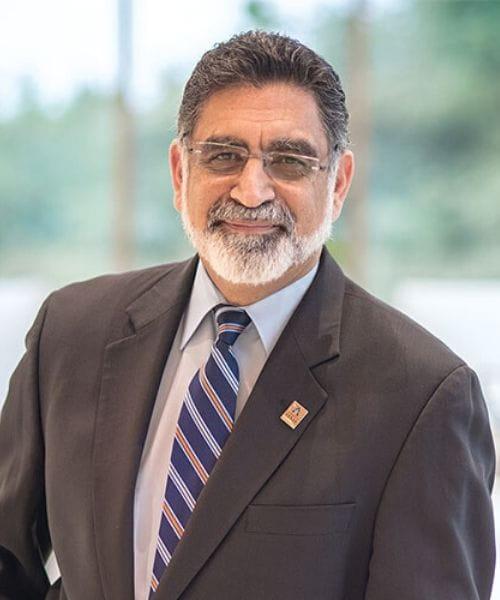 UTA President Vistasp Karbhari