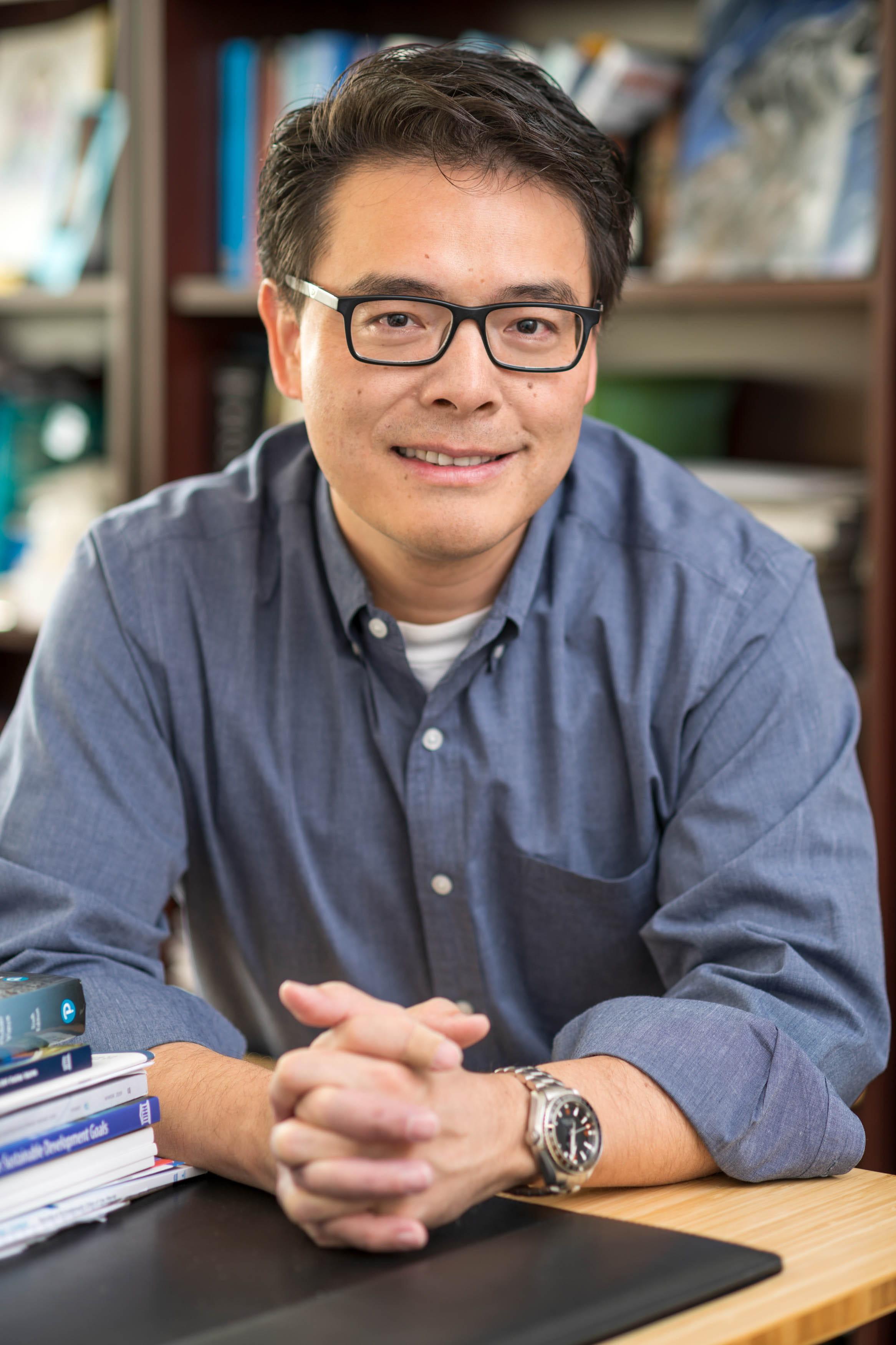 "Nick Fang, assistant professor of civil engineering at UTA"" _languageinserted=""true"