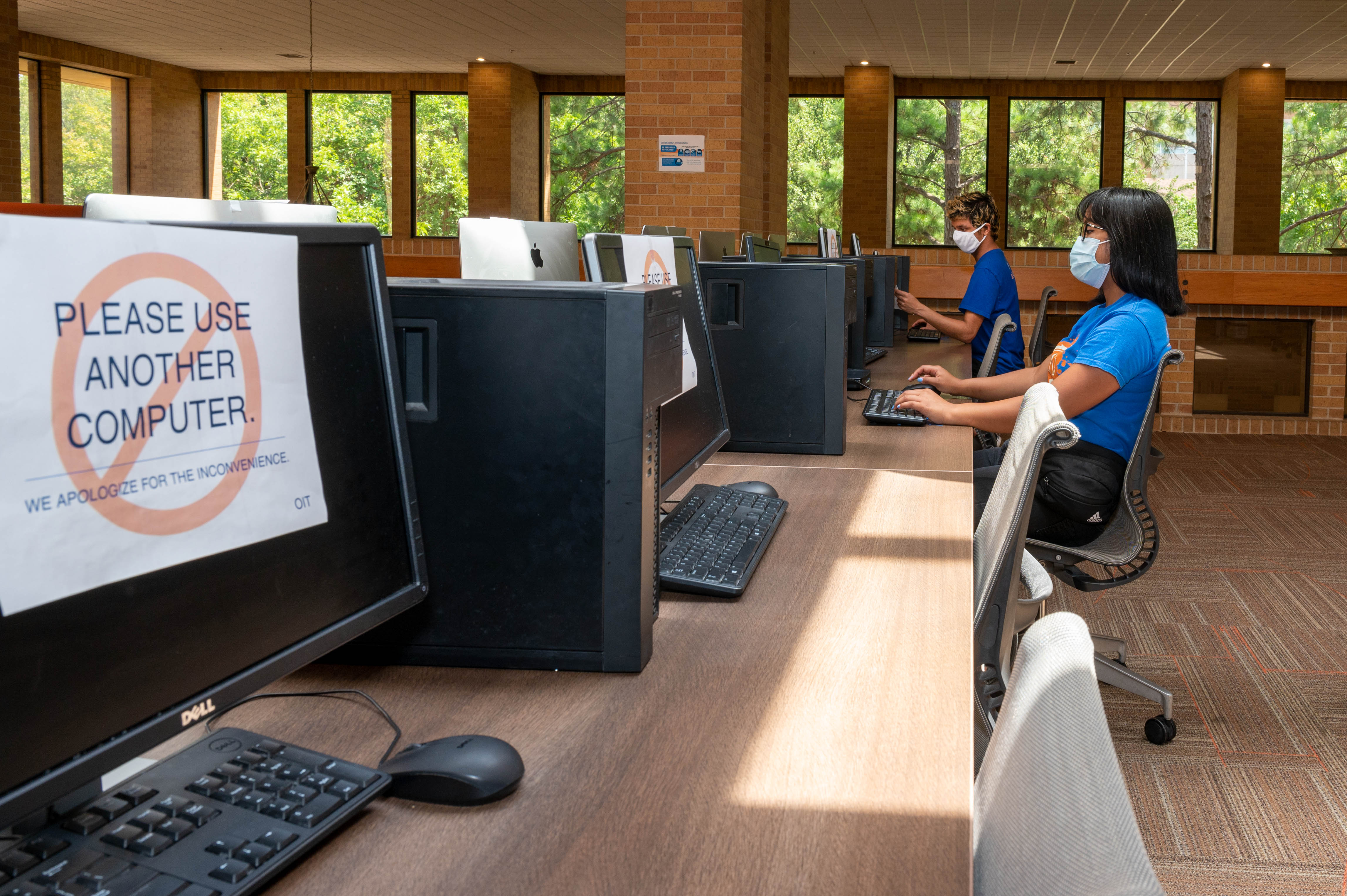 UTA students in socially distant computer lab