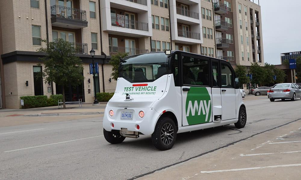 "The type of autonomous vehicle that could be used in Arlington"" width=""4929"" src=""https://cdn.web.uta.edu/-/media/project/website/news/releases/2020/09/may-mobility-rapid.ashx?la=en&h=3265&w=4929"" _languageinserted=""true"