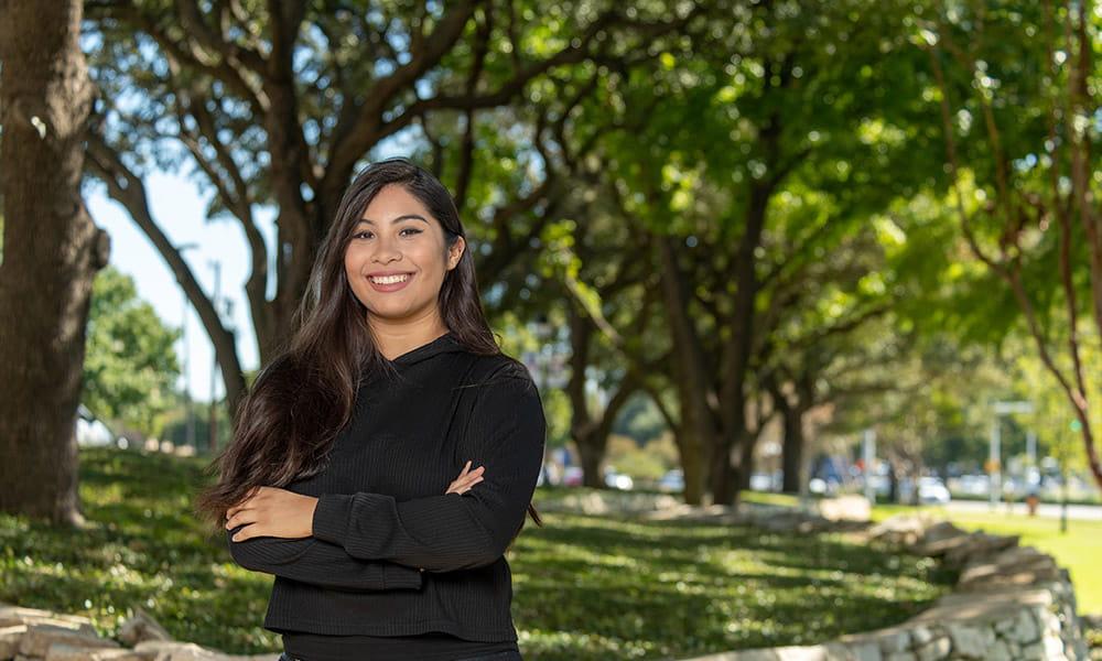 "Juana Escobedo Bermudez. "" width=""8256"" _languageinserted=""true"" src=""https://cdn.web.uta.edu/-/media/project/website/news/releases/2020/09/student-success---bermudez.ashx?la=en"