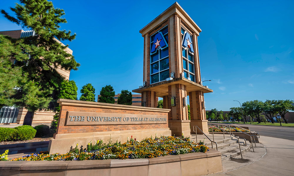 """Tower and sign on UTA campus"""" _languageinserted=""""true"""
