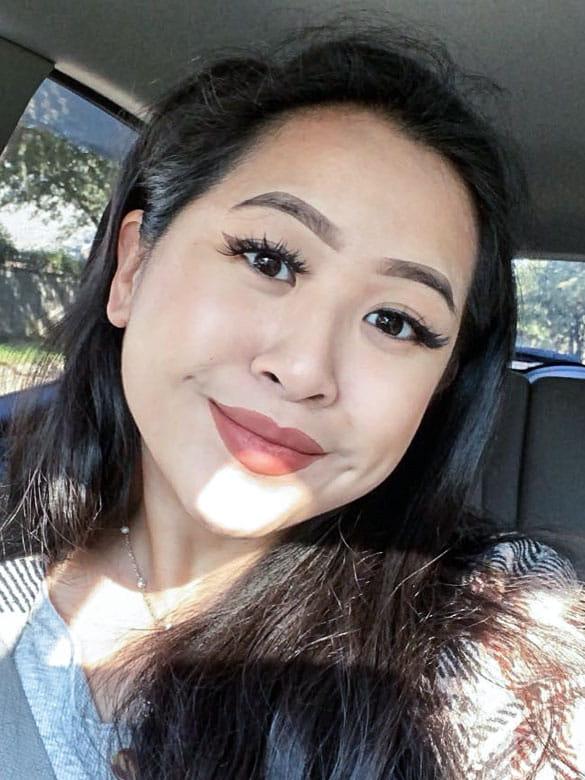 A photo of UTA Biology student Caroline Nguyen