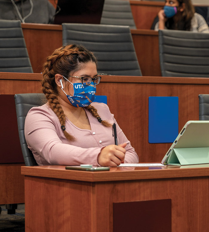 brianna gomez in class with a mask on