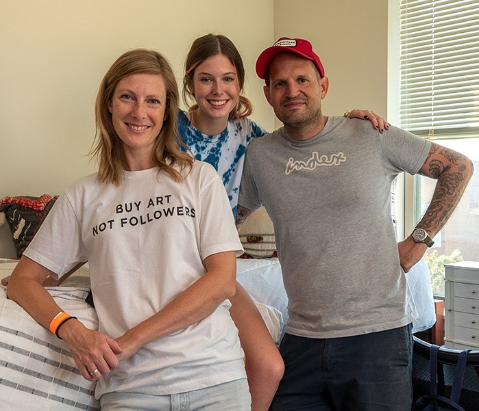 Amaris Werner with her mom, Robbie, and her dad, Adam, during the Move-In event last fall.