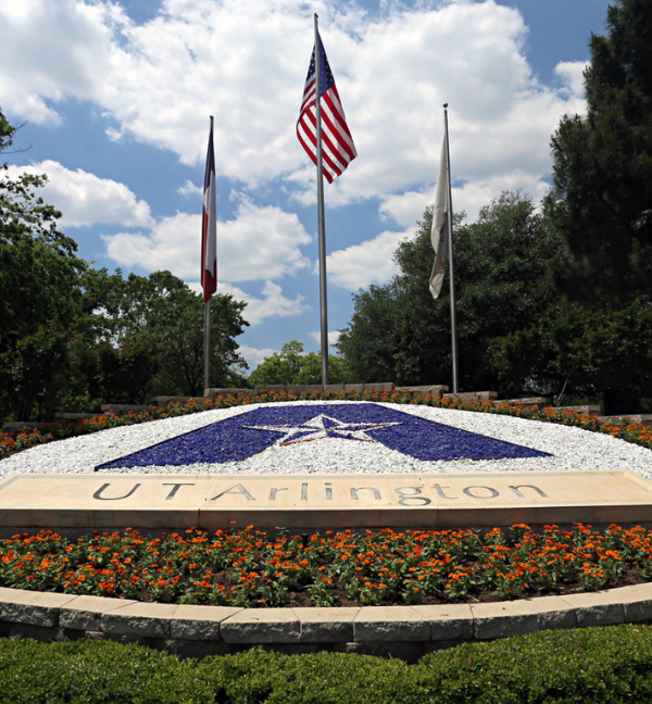picture of the UTA logo with the flag of the United States and UTA