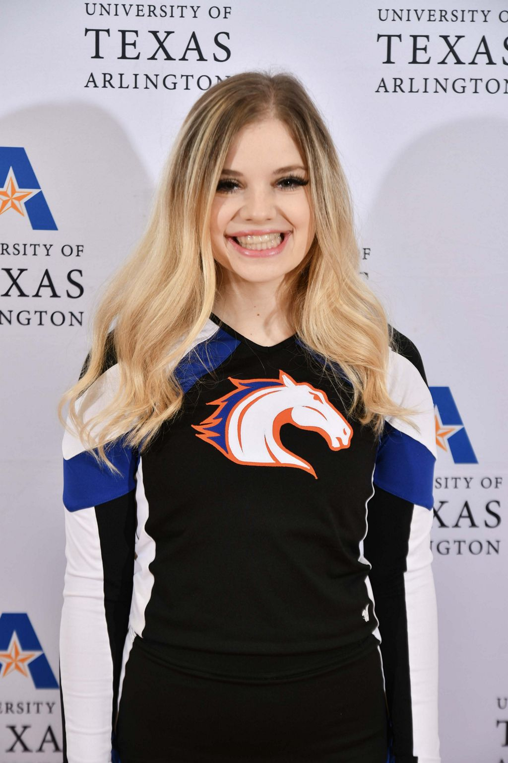 Cheerleader Kathryn Walling posing for a picture